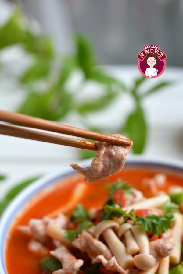 番茄蘑菇肉片汤成品图