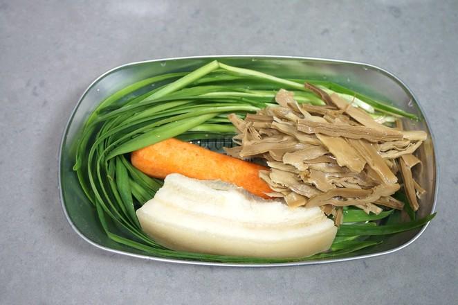 酱肉笋丁麦穗包的简单做法