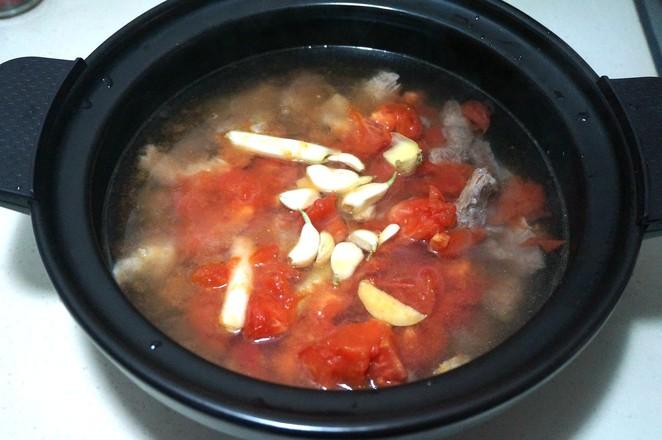 番茄牛腩炖土豆怎么煮