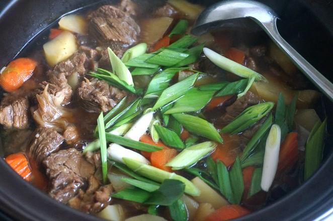 牛肉炖土豆胡萝卜怎么炒