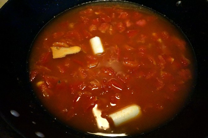 西红柿牛肉粉丝煲怎么炒