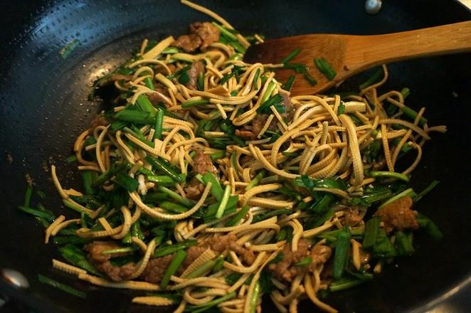 牛肉韭菜豆腐丝怎么煮