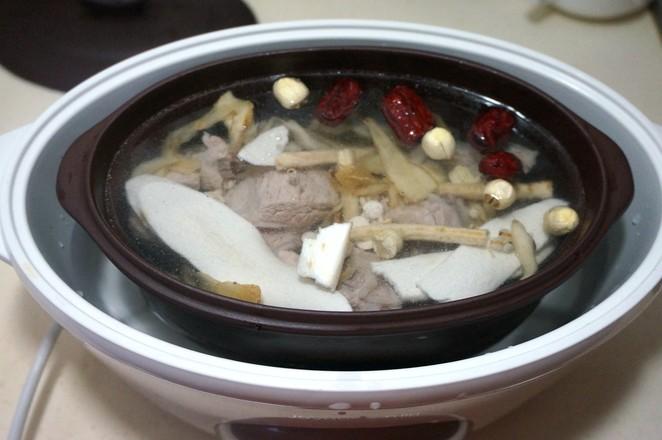 猪骨清补汤怎么吃