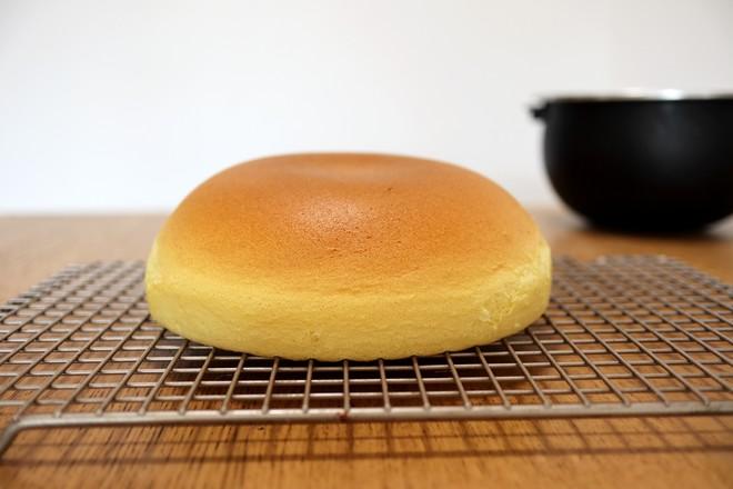 电饭煲版戚风蛋糕的步骤