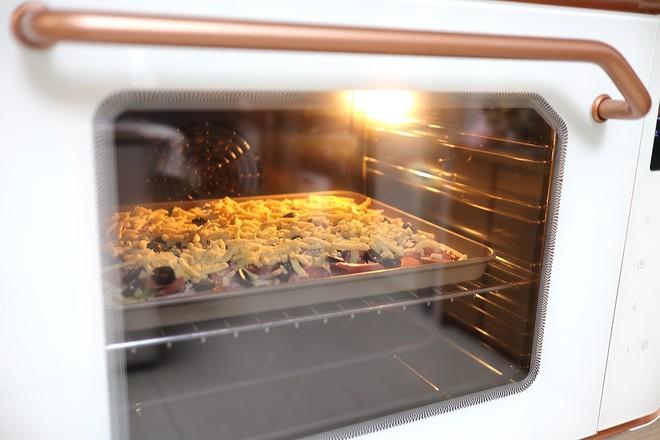 香肠披萨怎么煸