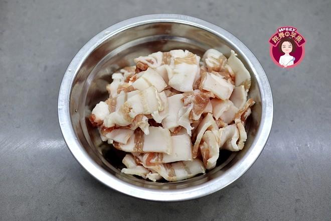 猪肉酸菜粉丝鱼丸的简单做法