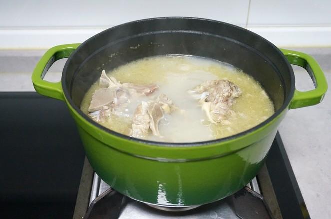牛脊骨芋头汤怎么做