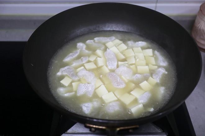 巴沙鱼烩豆腐怎么煮