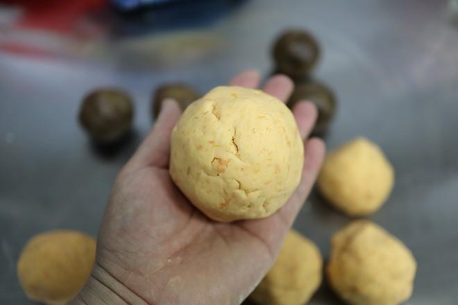 拉丝奶酪红薯糯米饼怎么煮