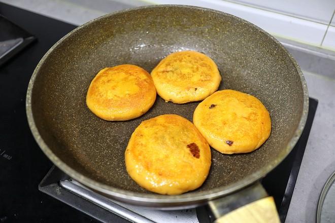拉丝奶酪红薯糯米饼怎么煸