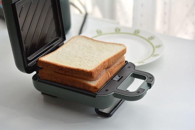早餐甜咸三明治不重样的家常做法