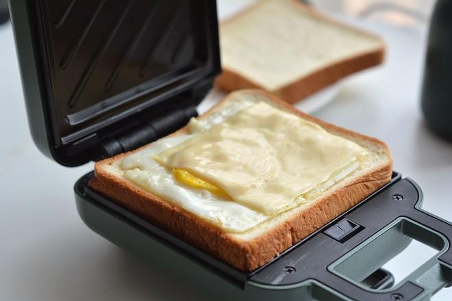 早餐甜咸三明治不重样怎么炖