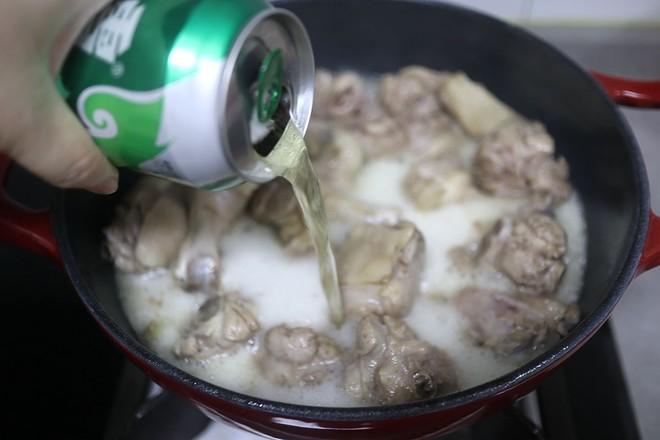 啤酒鸭炖鲜藕怎么煮
