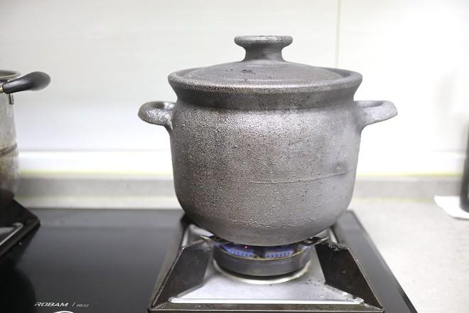 泥人柴原生态手工土砂锅  牛尾竹荪汤怎么炒