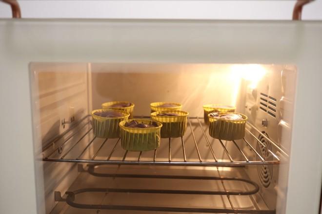 无油紫薯戚风杯子蛋糕怎样炒