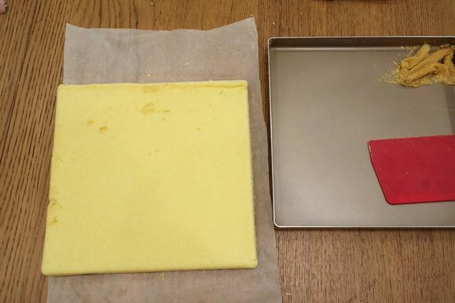 红豆沙戚风蛋糕卷的制作