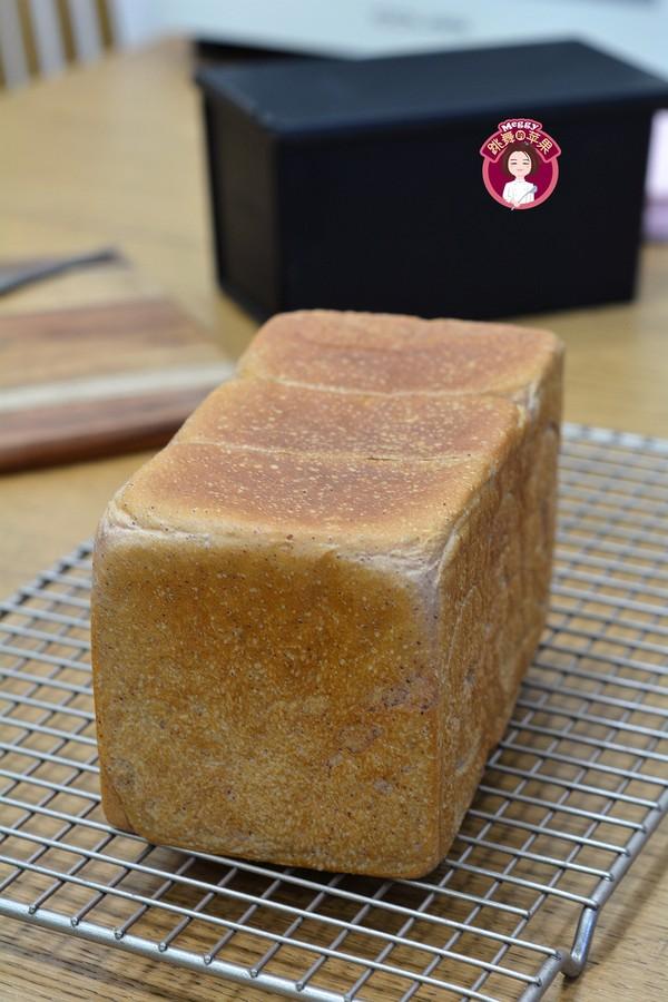 低糖紫薯吐司成品图