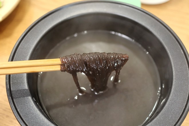 凉拌酸辣蕨粉的家常做法