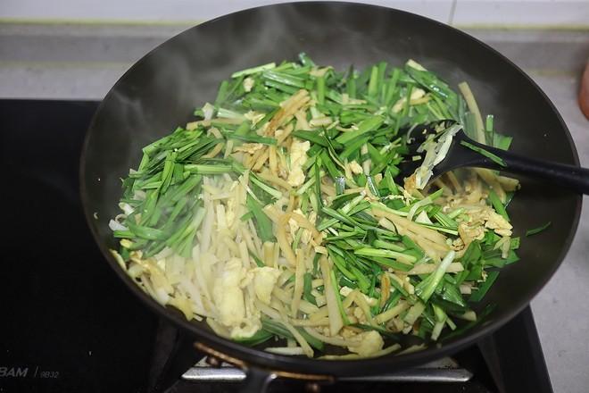 鸡蛋韭菜炒春笋怎样炒