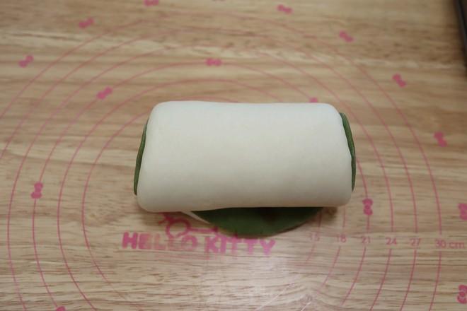 抹茶麻糬肉松豆沙吐司的制作