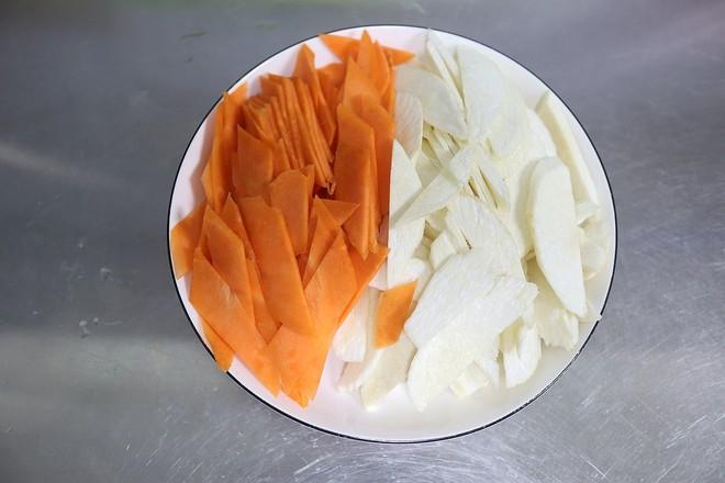 肉片胡萝卜茭白的家常做法