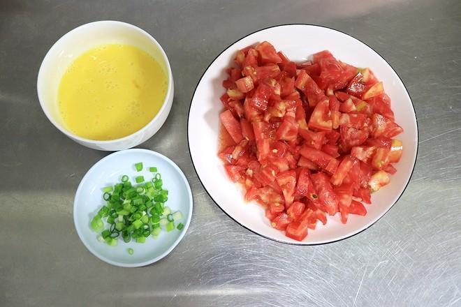 经典开胃西红柿鸡蛋面的步骤