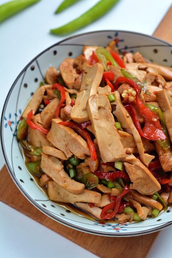 清脂能量素菜之双椒炒香干成品图