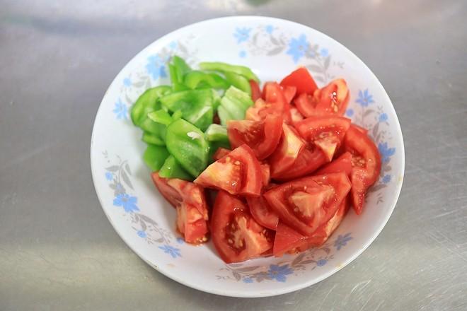 红烧鸡腿番茄的步骤