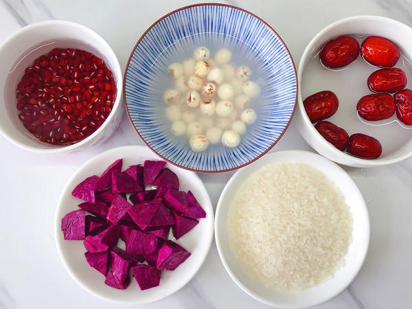 紫薯莲子粥的简单做法