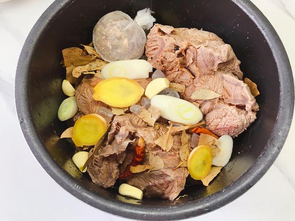 高压锅版酱牛肉的简单做法