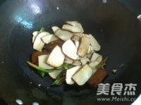 青椒炒豆腐香干怎么煸