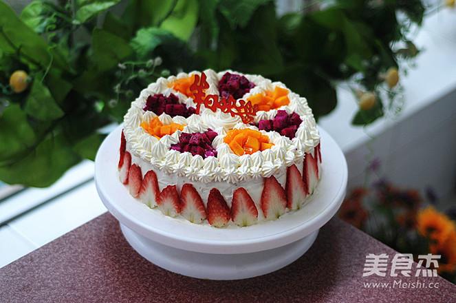 水果奶油蛋糕成品图