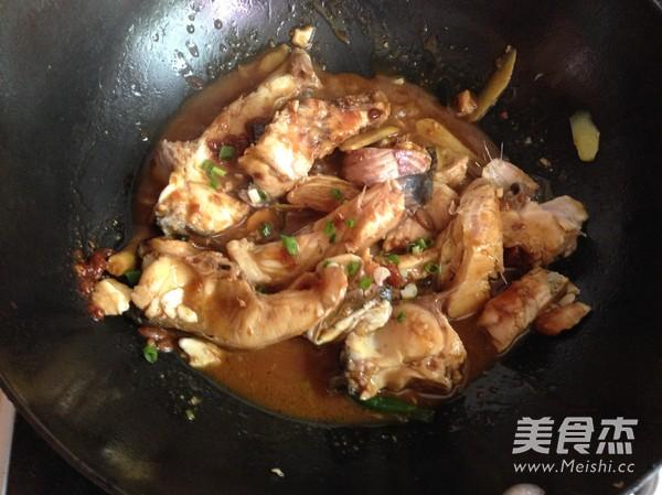 辣子酱香鱼块怎么煮