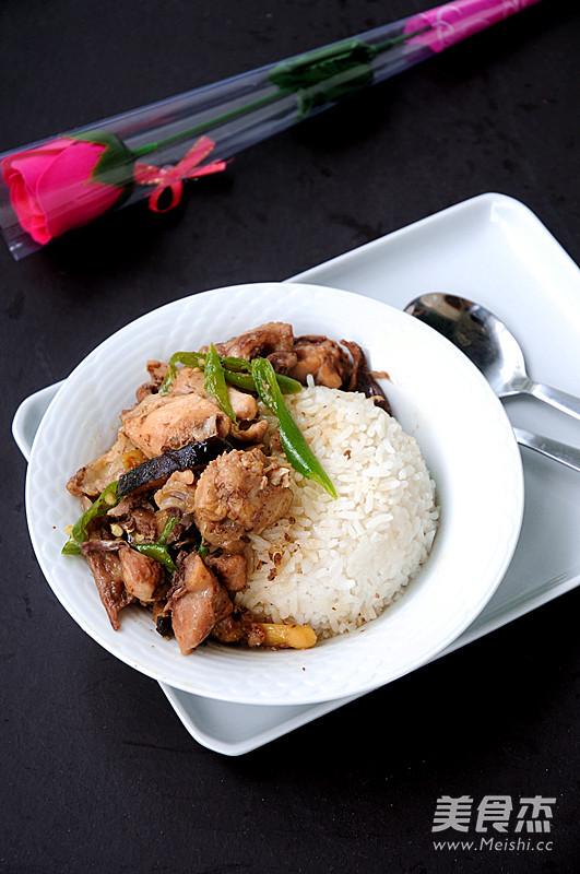 黄焖鸡米饭成品图