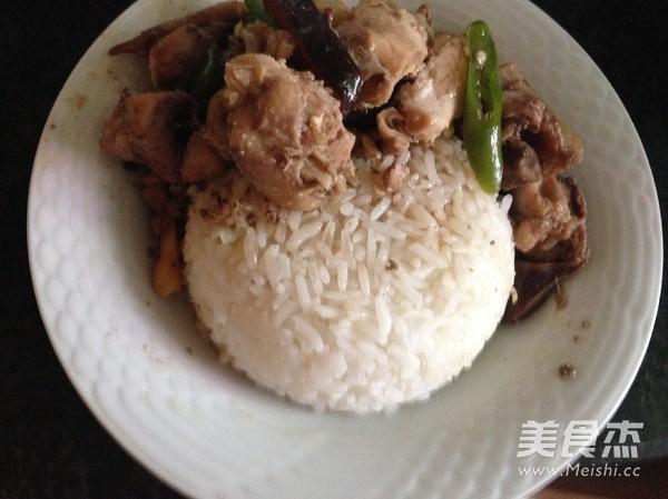 黄焖鸡米饭怎么煸