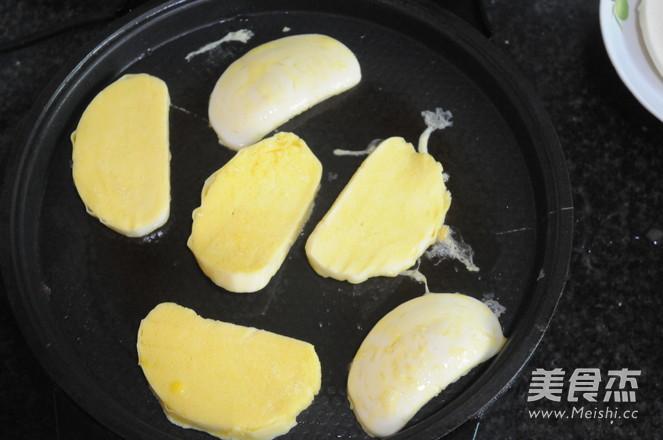 鸡蛋香煎馒头片的家常做法