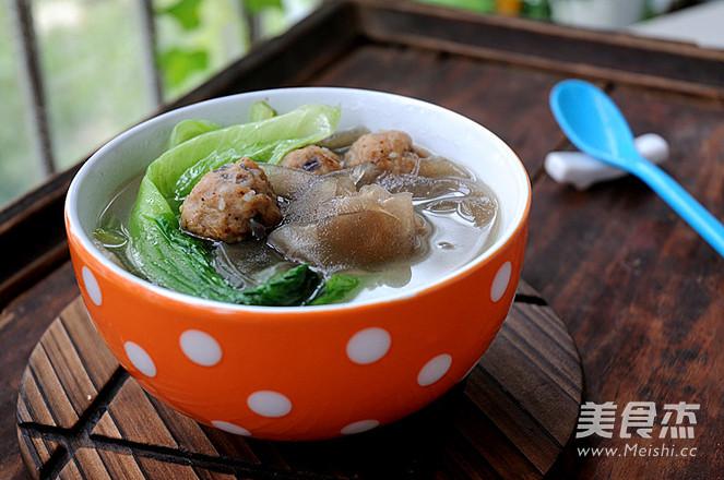 肉丸粉片生菜汤怎么吃