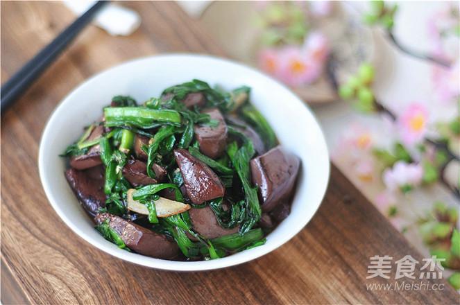 猪血炒韭菜怎么做