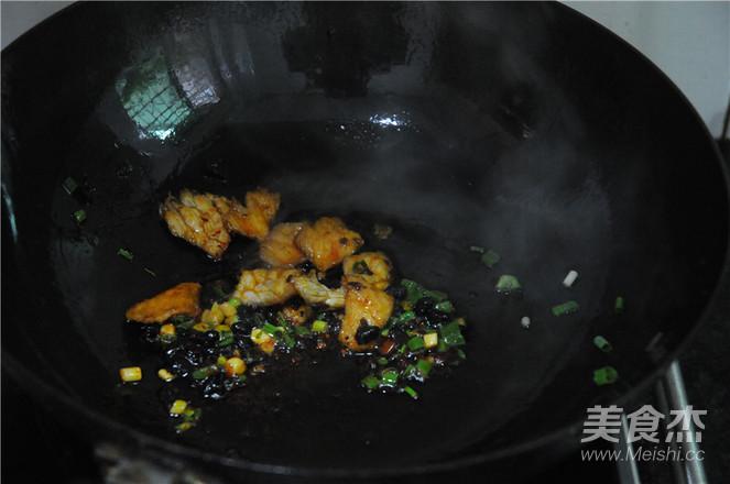 营养鸡蛋肉片面的简单做法