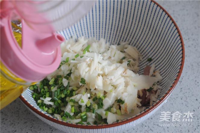 荸荠瘦肉鸡蛋饺子的简单做法