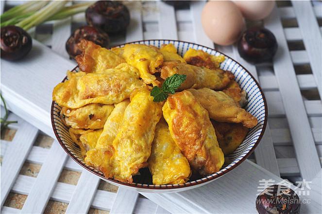 荸荠瘦肉鸡蛋饺子的制作方法