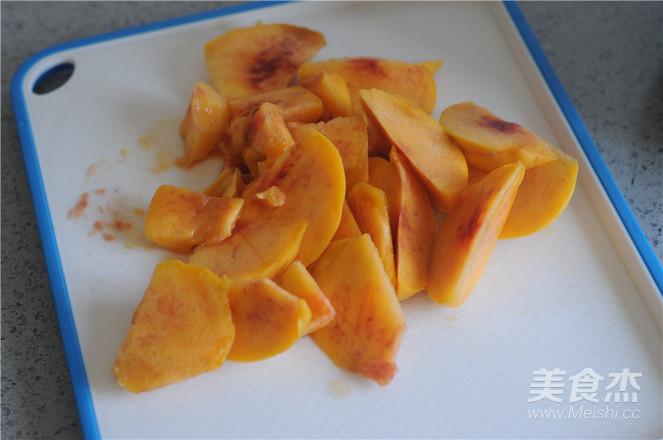 鲜榨黄桃汁的做法图解