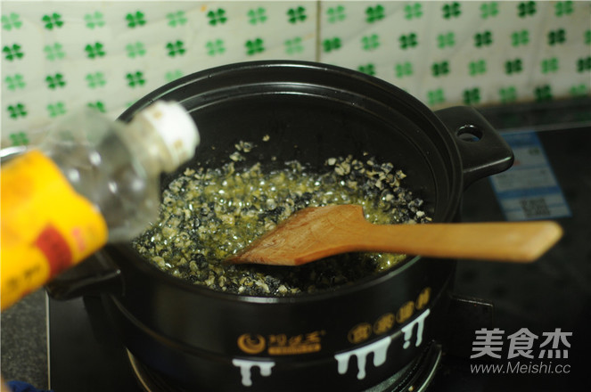 紫苏炒田螺怎么吃