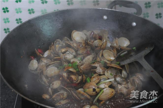 炒花蛤怎么煸