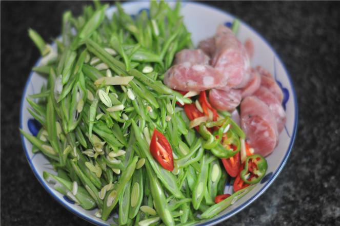 四季豆炒肉肠的做法图解