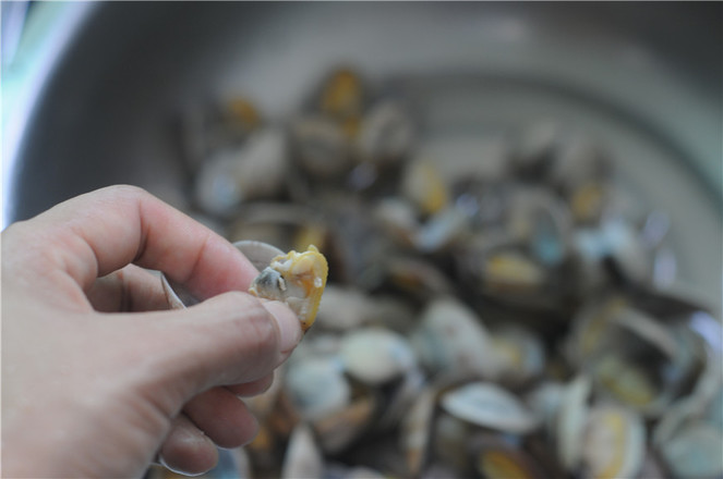 葱香蛤蜊怎么吃