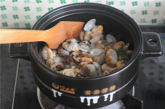葱香蛤蜊怎么煮