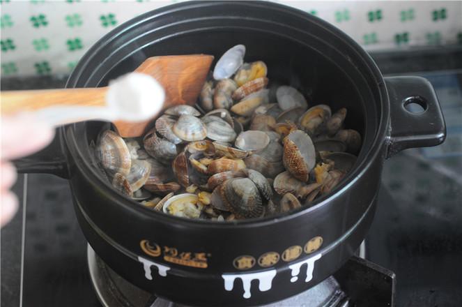 葱香蛤蜊怎么炖