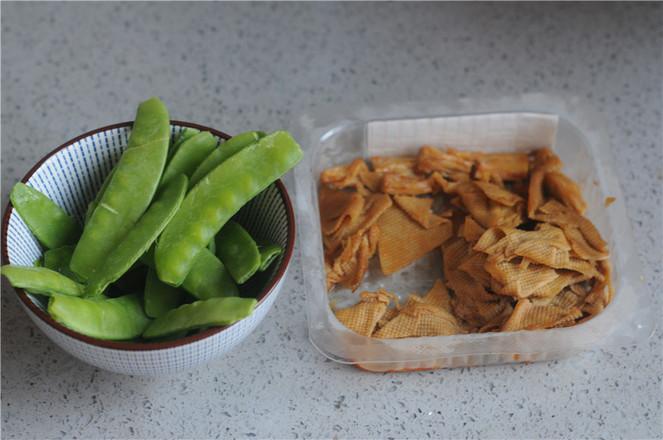 卤腐竹炒豌豆的做法大全