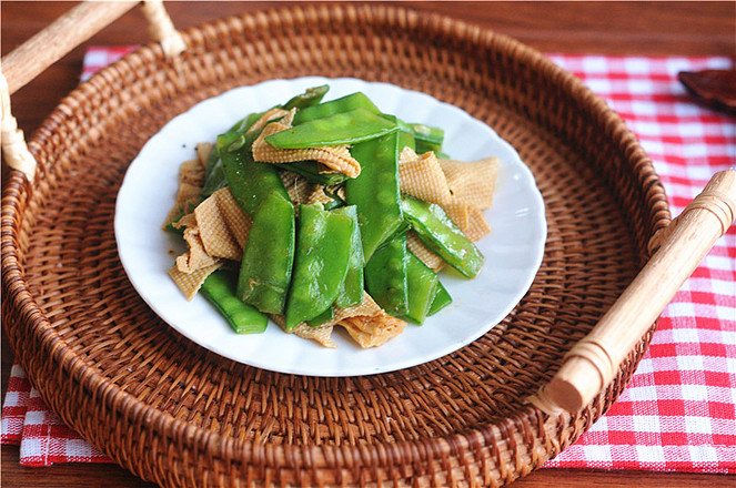卤腐竹炒豌豆怎么炖